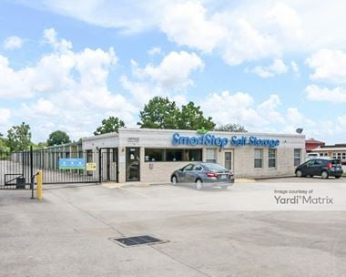 Storage Units for Rent available at 1671 Northpark Drive, Kingwood, TX 77339