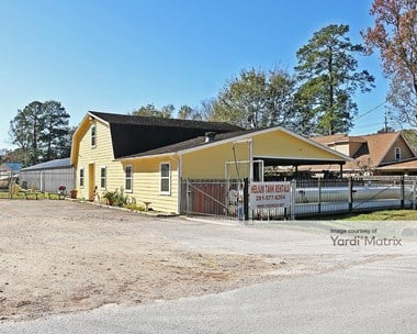 Storage Units for Rent available at 20124 Canterbury Lane, Porter, TX 77365 Photo Gallery 1