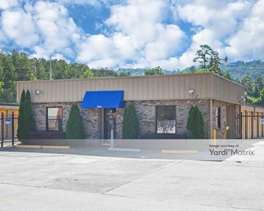 Storage Units for Rent available at 6604 Walt Drive, Birmingham, AL 35242 Photo Gallery 1