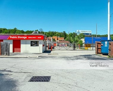 Storage Units for Rent available at 1900 Mini Warehouse Road, Birmingham, AL 35244 Photo Gallery 1