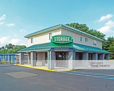Storage Units for Rent available at 700 Bristol Pike, Bensalem, PA 19020 Photo Gallery 1