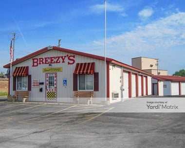 Image for Breezy's Discount Storage - 1515 Pleasant Street, IL