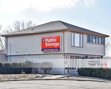 Storage Units for Rent available at 200 Brook Court, Bolingbrook, IL 60440
