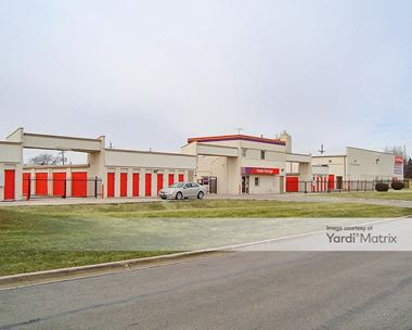 Storage Units for Rent available at 280 Main Place, Carol Stream, IL 60188