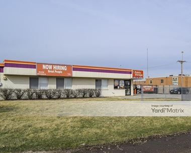 Storage Units for Rent available at 297 West Lake Street, Elmhurst, IL 60126 Photo Gallery 1