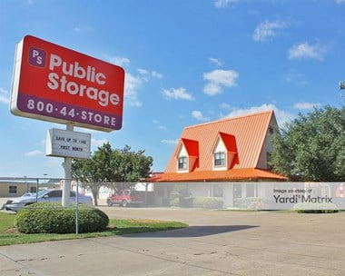 Storage Units for Rent available at 2930 FM 528 Road, Webster, TX 77598 Photo Gallery 1
