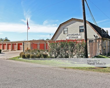 Storage Units for Rent available at 1400 South Durant, Alvin, TX 77511 Photo Gallery 1