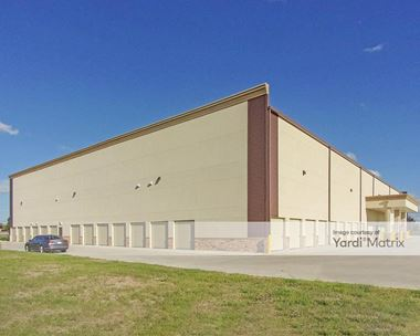 Storage Units for Rent available at 10646 Blackhawk Blvd, Houston, TX 77089 Photo Gallery 1