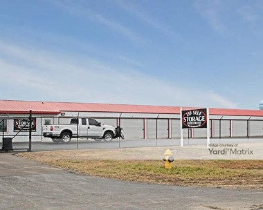 Storage Units for Rent available at 409 East Two Cent Road, Bargersville, IN 46106 Photo Gallery 1