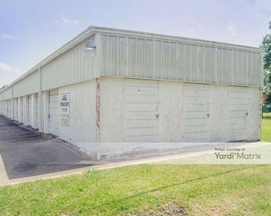 Storage Units for Rent available at 11800 Highway 6, Santa Fe, TX 77510