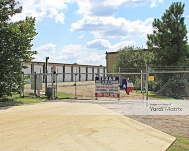 Storage Units for Rent available at 1424 North park Drive, Kingwood, TX 77339 Photo Gallery 1