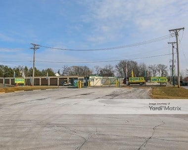 Image for Metro Self Storage - 880 East Rollins Road, IL