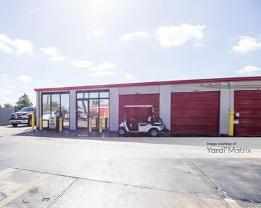 Storage Units for Rent available at 9900 Rowlett Road, Houston, TX 77075 Photo Gallery 1