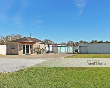 Storage Units for Rent available at 2601 Fairway Drive, Alvin, TX 77511