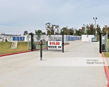 Storage Units for Rent available at 200 Lincoln Ridge, Willis, TX 77378