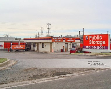 Storage Units for Rent available at 440 East Saint Charles Road, Carol Stream, IL 60188 Photo Gallery 1