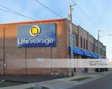 Storage Units for Rent available at 232 South Lake Street, Aurora, IL 60506 Photo Gallery 1