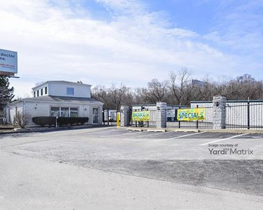 Storage Units for Rent available at 0 S 680 Route 83, Oakbrook Terrace, IL 60181