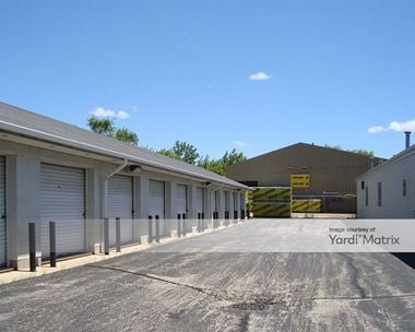 Storage Units for Rent available at 1183 Route 47, Woodstock, IL 60098 Photo Gallery 1