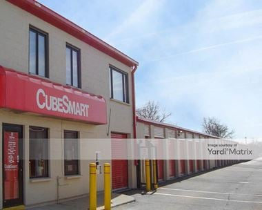 Storage Units for Rent available at 27W125 North Avenue, West Chicago, IL 60185 Photo Gallery 1