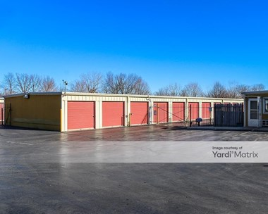 Storage Units for Rent available at 2777 North Delany Road, Waukegan, IL 60087 Photo Gallery 1