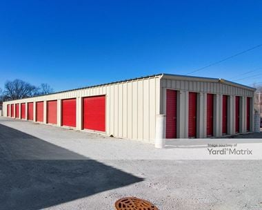 Storage Units for Rent available at 5710 West 29th Avenue, Gary, IN 46406