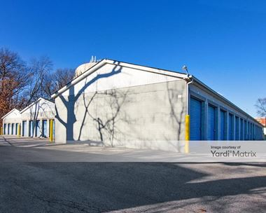 Storage Units for Rent available at 8920 Kleinman Road, Highland, IN 46322