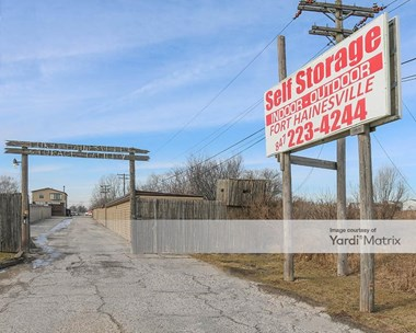 Storage Units for Rent available at 158 West Belvidere Road, Hainesville, IL 60030 Photo Gallery 1