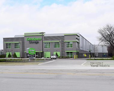 Storage Units for Rent available at 1750 West Central Road, Mount Prospect, IL 60056