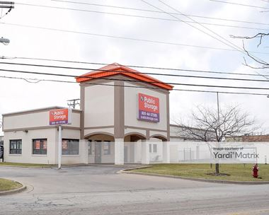Storage Units for Rent available at 1600 East Davis Street, Arlington Heights, IL 60005