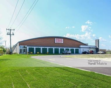 Storage Units for Rent available at 310 South Lincolnway Street, North Aurora, IL 60542 Photo Gallery 1