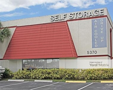 Storage Units for Rent available at 5370 South University Drive, Davie, FL 33328