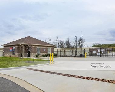 Storage Units for Rent available at 121 Business Park Drive, White House, TN 37188