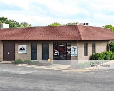 Storage Units for Rent available at 1351 35th Street, Tuscaloosa, AL 35401 Photo Gallery 1
