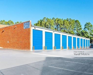 Storage Units for Rent available at 1533 Montclair Road, Birmingham, AL 35210 Photo Gallery 1