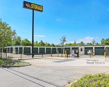 Storage Units for Rent available at 4748 Cahaba River Road, Birmingham, AL 35243