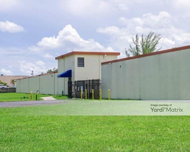 Storage Units for Rent available at 5201 NW 37th Avenue, Tamarac, FL 33309 Photo Gallery 1