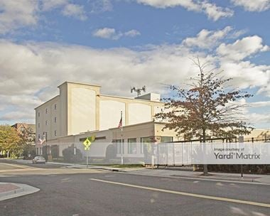 Storage Units for Rent available at 250 Maple Avenue, Rockville Centre, NY 11570