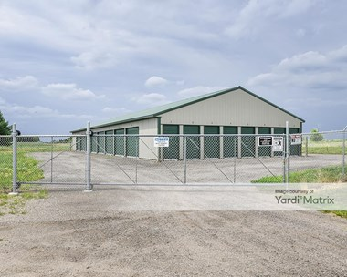 Storage Units for Rent available at 3446 2nd Street SE, St Cloud, MN 56304 Photo Gallery 1