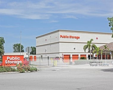 Storage Units for Rent available at 2715 South Commerce Pkwy, Weston, FL 33331 Photo Gallery 1