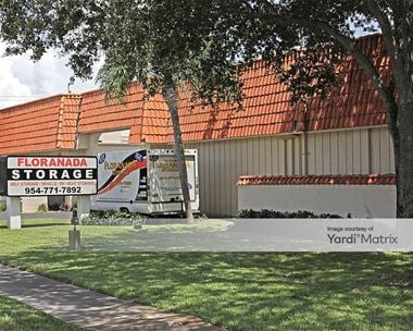 Storage Units for Rent available at 1100 NE 45th Street, Oakland Park, FL 33334 Photo Gallery 1