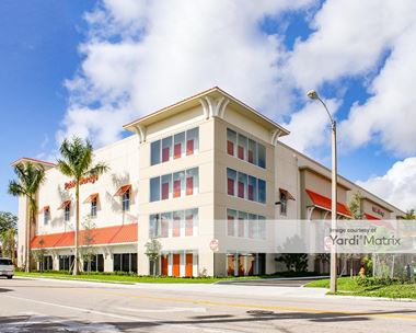 Storage Units for Rent available at 39 SE 1st Street, Deerfield Beach, FL 33441