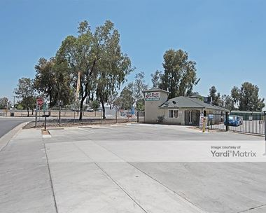 Storage Units for Rent available at 480 1st Avenue, Delano, CA 93215