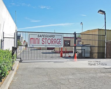 Storage Units for Rent available at 450 East Almond Avenue, Madera, CA 93637 Photo Gallery 1