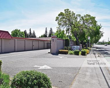Storage Units for Rent available at 2412 Oakdale Road, Modesto, CA 95355