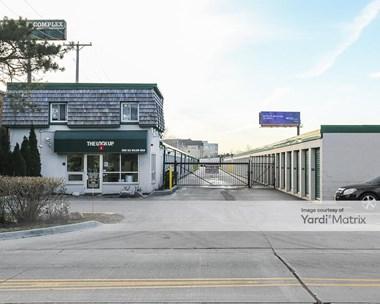 Storage Units for Rent available at 2600 Old Willow Road, Northbrook, IL 60062 Photo Gallery 1