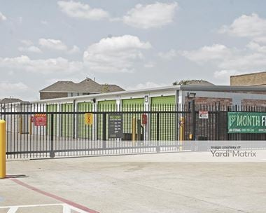 Storage Units for Rent available at 811 South Hampton Road, DeSoto, TX 75115