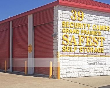 Storage Units for Rent available at 1102 West Pioneer Pkwy, Grand Prairie, TX 75051