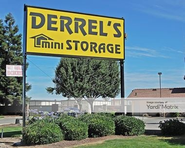 Storage Units for Rent available at 2425 North Santa Fe Avenue, Merced, CA 95348