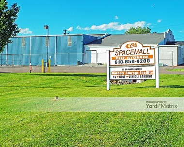 Image for 422 Spacemall Self Storage - 66 Brower Avenue, PA